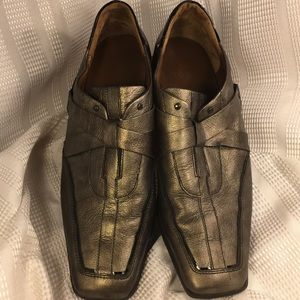 HOGL leather worn once, stylish/trendy loafers